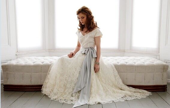 准新人在婚前试穿婚纱有哪些注意事项