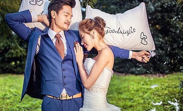 西装搭配技巧 什么颜色的西装搭配什么颜色的领带? 婚礼猫