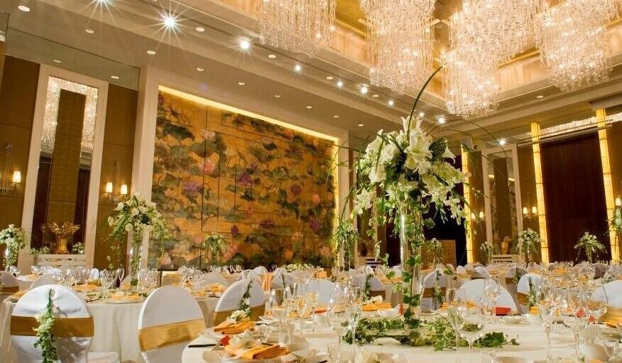 婚礼现场布置多少钱 既实惠又浪漫的个性婚礼