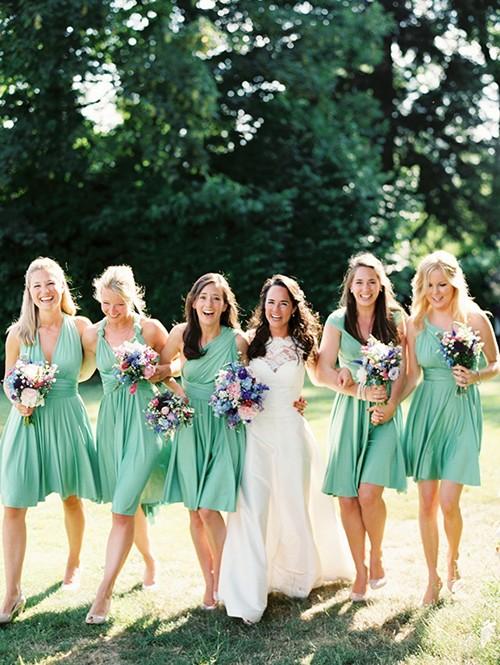 结婚当天伴娘需要做什么?