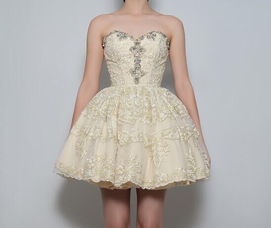 俏皮可爱的伴娘服 伴娘要这样穿才好看 婚礼猫