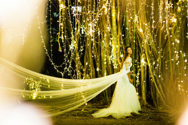 夜景婚纱照怎么拍好看?三亚夜景婚纱照拍摄技巧